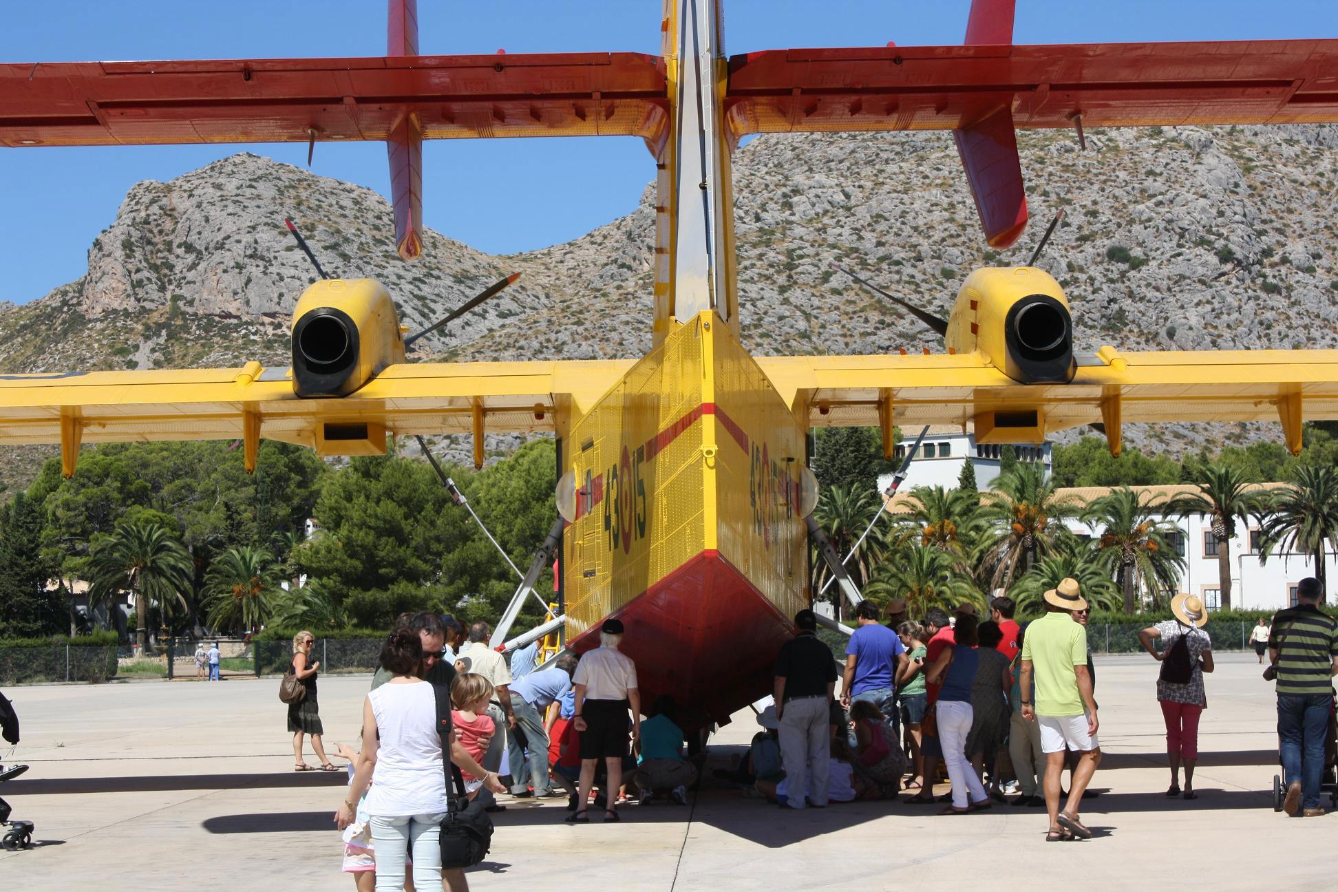 Hydroplanes in Puerto Pollensa